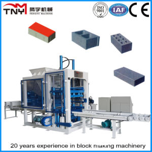 Hollow Concrete Block Making Machine (QT4-15) pictures & photos