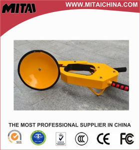 Economical 2.5 Thickness Car Tyre Clamp (CLS-01C) pictures & photos