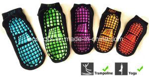 Hot Selling Non Slip Socks Yoga Socks Trampoline Socks pictures & photos