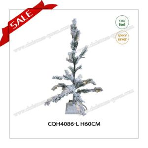 Wholesale Popular Artificial Christmas Tree with Snow for Christmas Day pictures & photos