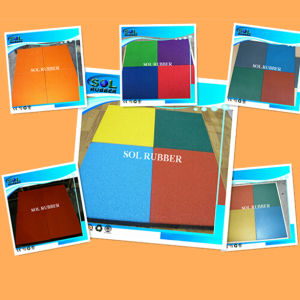 High Quality CE Certificated Outdoor Bright Color Flooring Tile pictures & photos