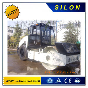 Yto 7ton Single Drum Mechnical Drive Vibratory Road Roller (Lt207g) pictures & photos