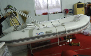 12.8FT 3.9m Small Cheap Rib Boat, Fishing Boat, Fiberglass Boat, PVC and Hypalon Boat with Ce Cert. for Sale pictures & photos