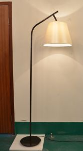 PF0010-01 Design E27/E26 Floor Lamp with Fabric Shade for Home Lighting pictures & photos