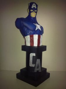 Customized America Hero Bust with High Resin Material pictures & photos