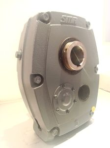 Smr D Metric Shaft Mounted Reducer Geared Motor Gearbox pictures & photos