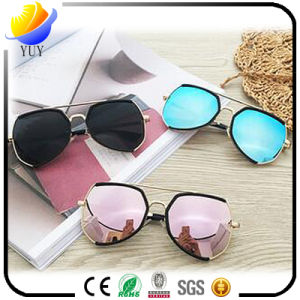 Europe and The United States Star Section of The Metal Color Film UV Protection Sunglasses pictures & photos