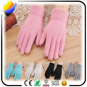 Nwe Solid Color Adult Winter Warm Wool Gloves for Women pictures & photos