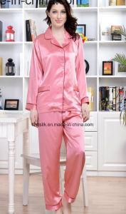 Woman′s Pajamas pictures & photos