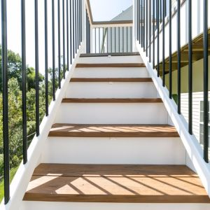 Outdoor Square and Round Iron Black Balcony Balusters pictures & photos