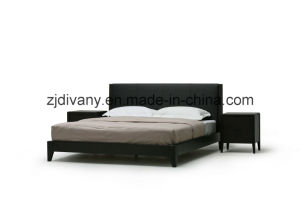 Modern Bedroom Leather Double Bed Furniture (A-B37) pictures & photos