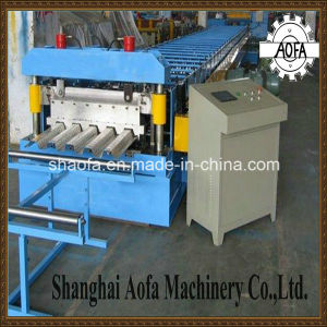 Effective Width1025mm Deck Floor Roll Forming Machine pictures & photos