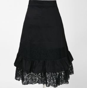 Wholesale Vintage Clothing Women′s Cotton Black Boho Lace Steampunk Skirts pictures & photos