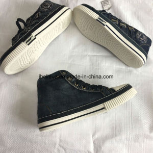 Denim Fabric Upper of Vulcanized Shoe Seris pictures & photos