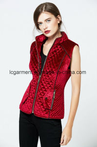 Hot Sale Fashion Faux Suede Red Leather Vest Zipper Woman Waistcoat pictures & photos