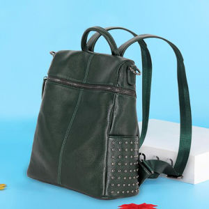 Hot Selling Genuine Leather Girls Backpacks School Studded Bags Emg4877 pictures & photos