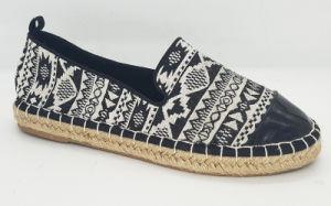 Women′s Casual Canvas Espadrille Flat Shoes pictures & photos
