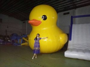 2016 New Most Popular Giant Inflatable Yellow Duck pictures & photos