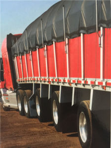 Truck Cover UV Protection 18oz Tarpaulin Fabric pictures & photos
