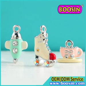 Factory Custom Alloy Metal Enamel Roller Skate Shoe Charms pictures & photos