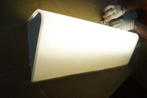 New Design Matt White Lighted Hotel Wall Mirror Light pictures & photos