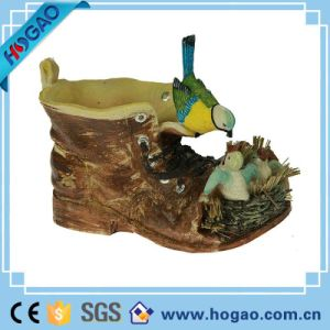 2016 Hottest Garden Decoration Resin Shoes with Birds pictures & photos