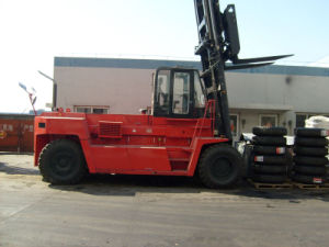 Big Heavy Forklift pictures & photos
