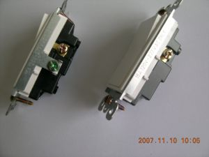15A 120/277V Decora Rocker UL/cUL Switch, Residential Grade pictures & photos