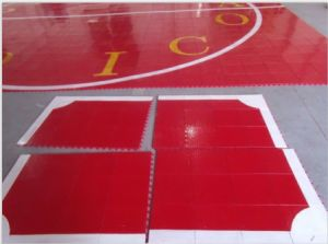 2017 New Product with High Quality Indoor PVC/PP Interlock Floor for Soccer / Futsal Court pictures & photos