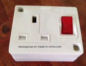 Good Price 13A Switched Socket with Junction Box pictures & photos
