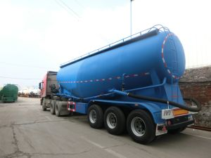 Heavy Duty Tri-Axles Bulk Powder Semi Trailer for Sale pictures & photos