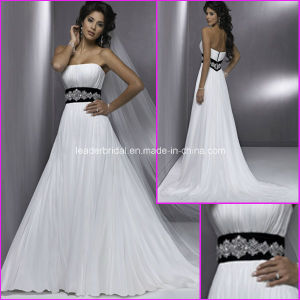 Strapless Wedding Dresses A-Line Chiffon Sash Bridal Gowns Z9001 pictures & photos