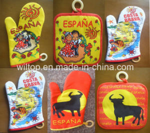 100% Cotton Printed Oven Mitts (HW011) pictures & photos