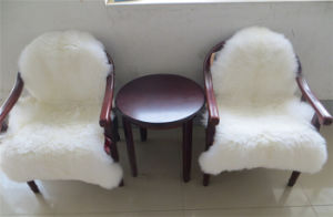 Real White Color Lamb Fur Seat Cushion Qy-Cc4 pictures & photos