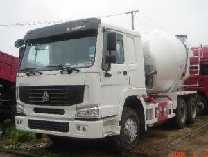Sinotruk 371HP 10cubic Concrete Mixer Truck pictures & photos