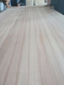 Furniture Finger Joint Laminated Board From Luli Group pictures & photos