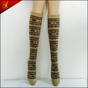 2015 Fashion New Style Women Knee High Sock pictures & photos