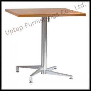 Folding Stackable Restaurant Wooden Top Dining Table (SP-RT452) pictures & photos