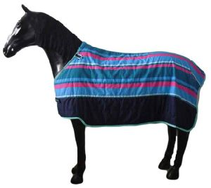 Wholesale Poly Cotton Warm Strip Printing Inner Stable Horse Rug (SMR1946) pictures & photos