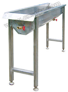 Poultry Slaughter Equipments: Claw-Scalding Machine