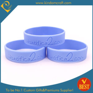 Wholesale Debossed Logo Silicone Wristbands/Bracelet From China pictures & photos