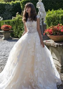 Beaded Sheer Top Bridal Ball Gowns Lace Wedding Dress 2018 Lb1837 pictures & photos