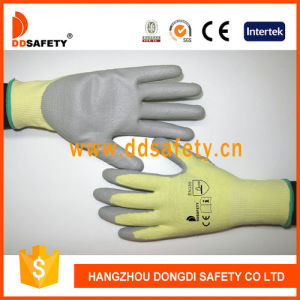 Ddsafety 13G Hppe with PU Coated Cut Resistant Glove pictures & photos