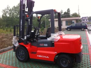 Hecha 4 Ton Diesel of Forklift Truck with Isuzu Engine pictures & photos
