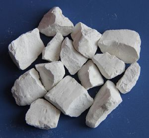 Quicklime Lumps and Powder for Mining and Water Treatment pictures & photos