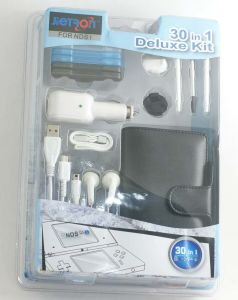 Deluxe Kit 30 in 1 Video Game Accessories for NDSi