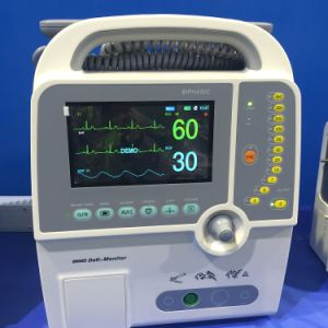 Portable Biphasic Defibrillator with Monitor (HC-8000D) pictures & photos