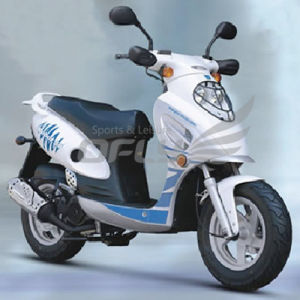 Gas Mobility Scooter (MS0512EEC/EPA) pictures & photos