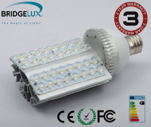 Expert Supplier 32W High Quality LED Street Light pictures & photos