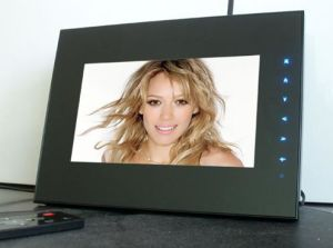 Digital Photo Frame (DF-070F)